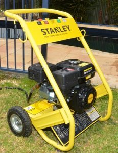 High pressure water cleaning machine geelong